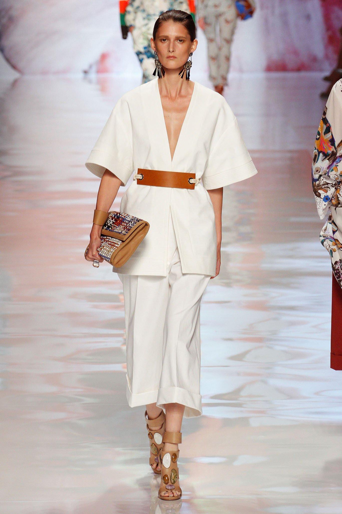 Женские платья стиль и мода